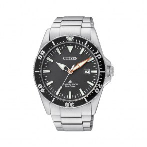 watch-man-citizen-diver-200mt-classic-eco-drive-steel-dial-black-bn0100-51e9